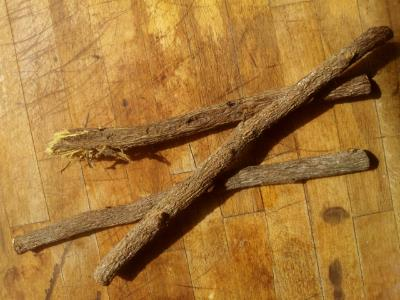 The foods of england liquorice or spanish or stickali for Alis cuisine wakefield menu