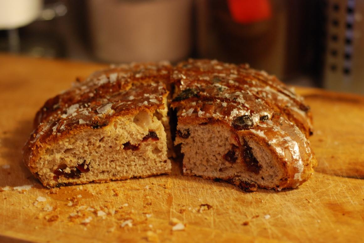 How to Make Yule Loaf